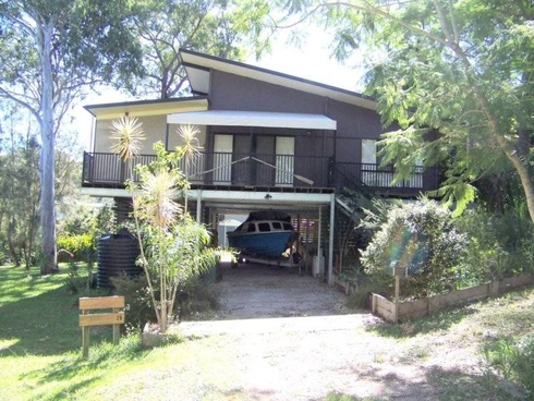 25 MICHAEL AVE Lamb Island, QLD 4184