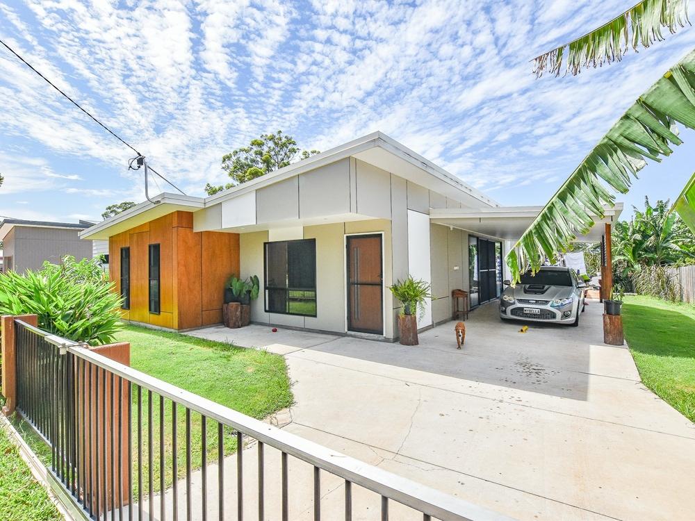 5 Pia Street Russell Island, QLD 4184