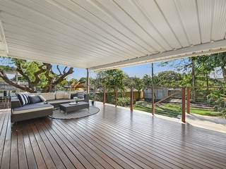 22 Bell Street Woody Point , QLD, 4019