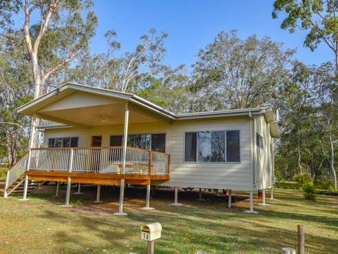 16 BANGALOW STREET Russell Island, QLD 4184