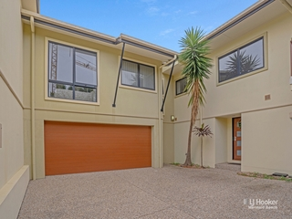 2/119 Minnie Street Southport , QLD, 4215