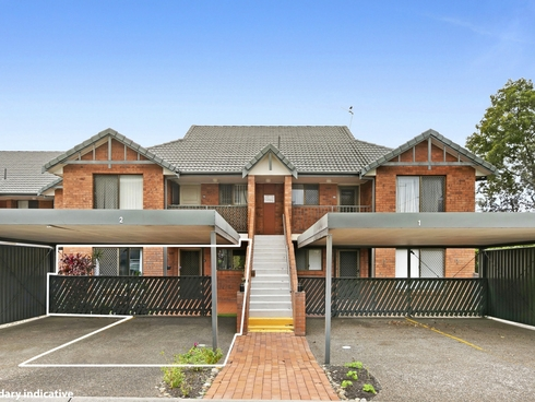 2/164 High Street Southport, QLD 4215