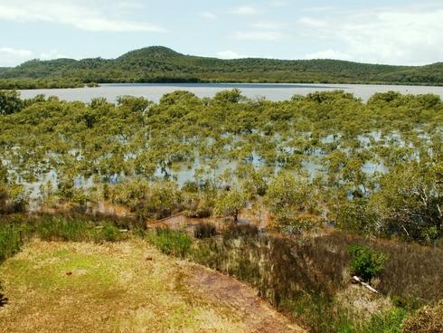 11 Aquamarine Av Russell Island, QLD 4184