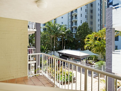 12 33-35 Cypress Avenue Surfers Paradise, QLD 4217
