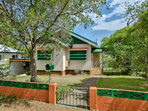 94 Scott Street Stafford Heights, QLD 4053
