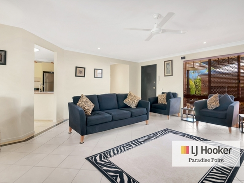 21 Coombe Avenue Hope Island, QLD 4212