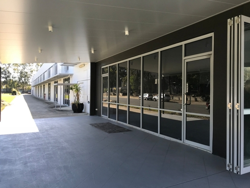 Unit 2-1 Sunlight Drive Burleigh Waters, QLD 4220