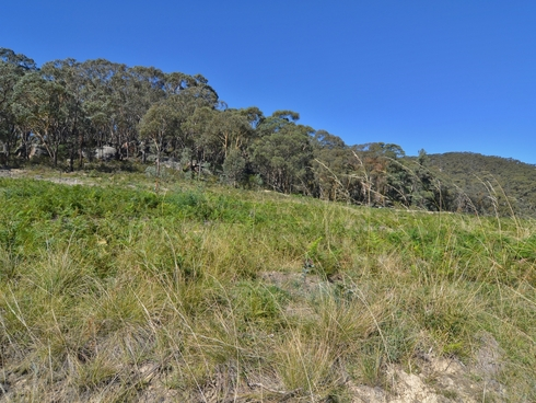 9 (Lot 3) Woodlands Drive Lithgow, NSW 2790