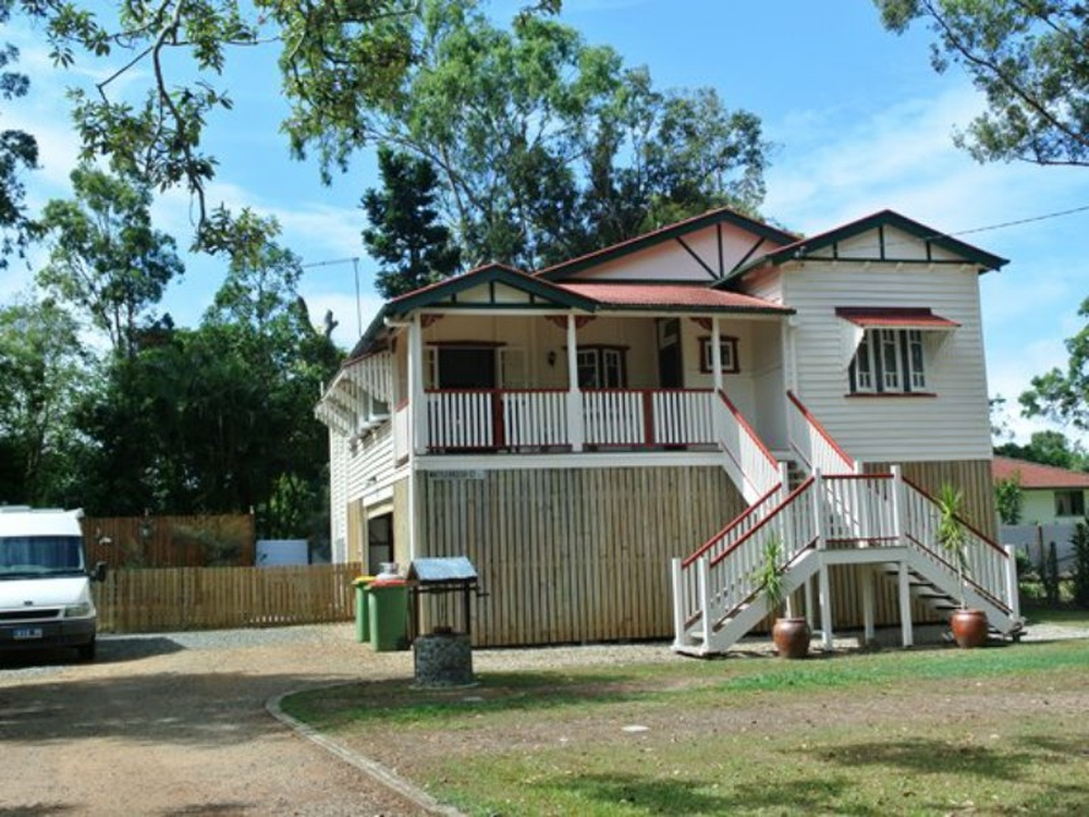 17 Pecan Street Macleay Island, QLD 4184