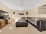 5 Lois Court New Auckland, QLD 4680