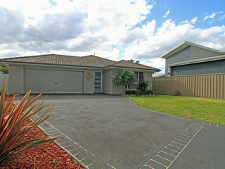 3 Buttonwood Close Sussex Inlet , NSW, 2540
