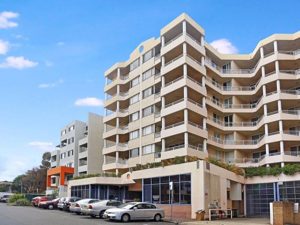 19/11 Bond Street Hurstville, NSW 2220